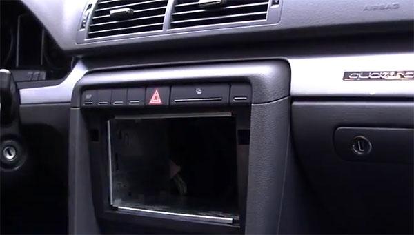 Doppel DIN Autoradio Blechrahmen Einbauanleitung