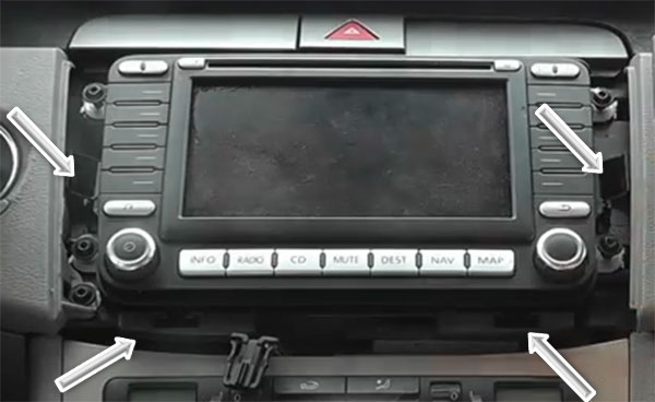 How to remove OE Stereo Radio from VW Passat B3C