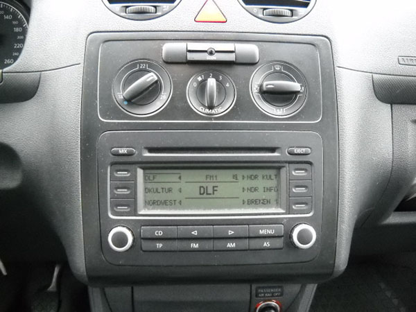 vw-caddy-rcd-radio