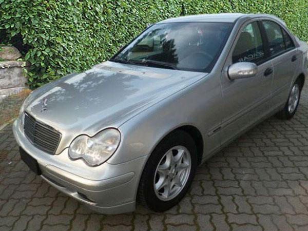 Mercedes C 180 Radio ausbauen Anleitung
