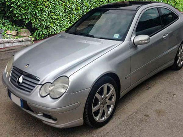 Mercedes C 220 Autoradio tauschen