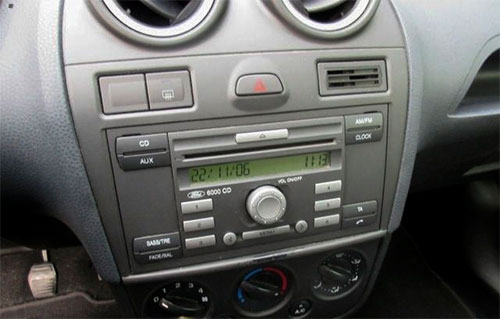 Ford-Fiesta-6000CD-Radio Ford Fiesta Lenkrad Fernbedienung Adapter 2 DIN Ford Fiesta Lenkrad Fernbedienung Adapter 2 DIN Ford Fiesta 6000CD Radio