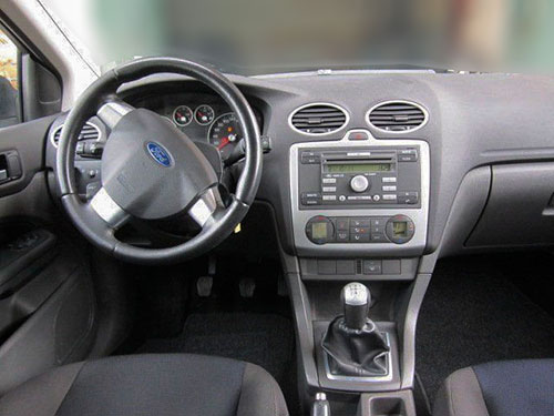 Ford-Focus-6000CD