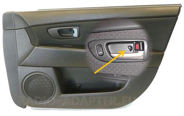 Mazda 3 Türverkleidung Türöffner ausbauen