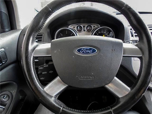 Ford Kuga Multifunktionslenkrad