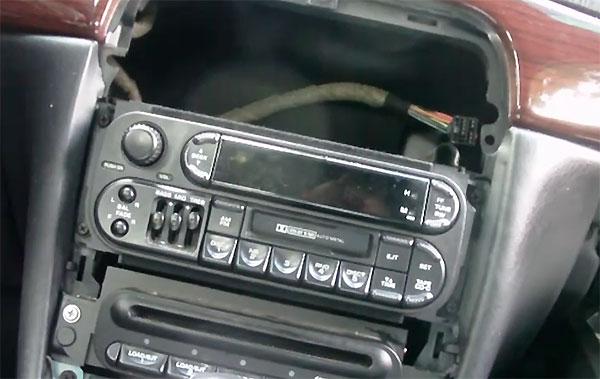 300mradio2