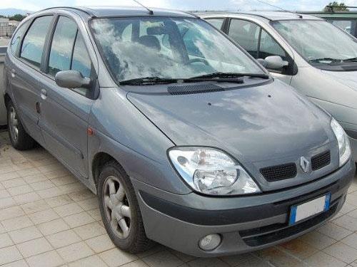 Autoradio Tausch Renault Megane bis 2001 Anleitung