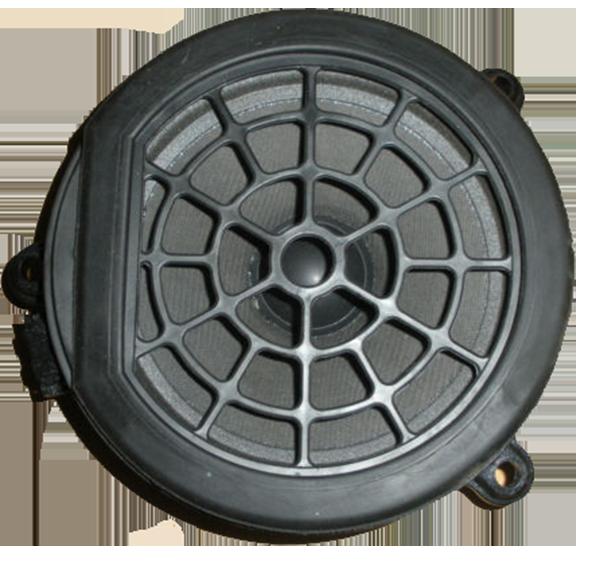 Mercedes-C-W203-Lautsprecher-vorne