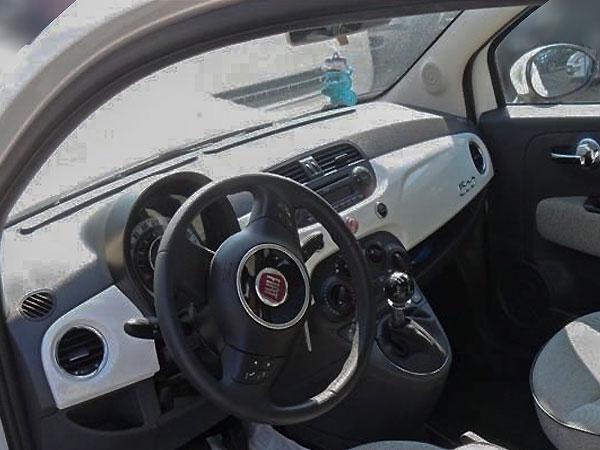 Fiat 500 Innenraum mit A-Säule