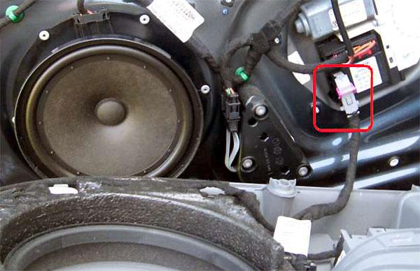 VW Golf V Türverkleidung Kabel abstecken