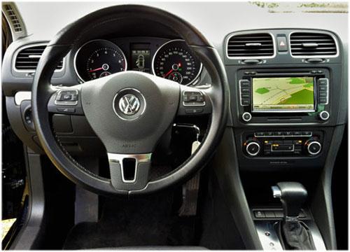 VW-Golf-V-Variant-Radio
